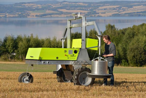 Field Flux Robot